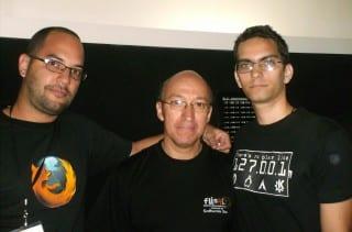 Elav, KZKG^Gaara y representante de la Asociación de Software Libre de Ecuador