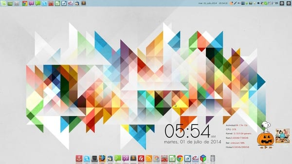 OS: Linux Mint 17 Entorno: Xfce Iconos: Mint-X Tema: Flatstudio Dock: Docky Coverbloobus:Calabaza Conky:news V2